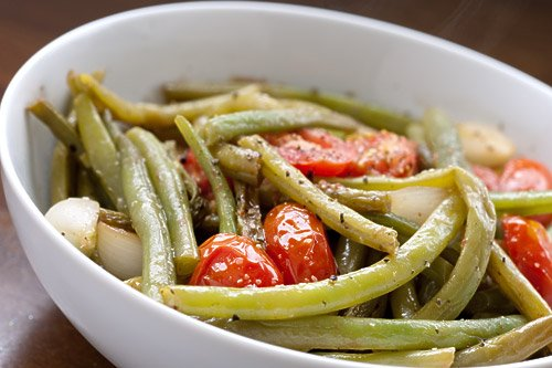 green beans with tomatoes and onions Food Blog Digest   The Healthy Way