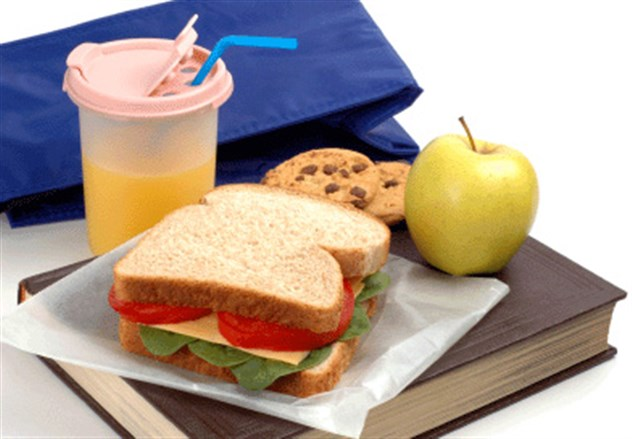 130903012657721 Schools Impose Bans on Home Packed Lunches, Chocolate Milk, Cupcakes