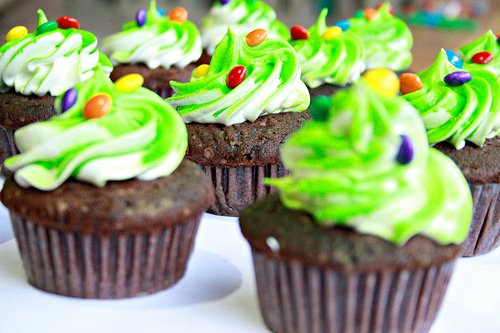 cupcakes Schools Impose Bans on Home Packed Lunches, Chocolate Milk, Cupcakes