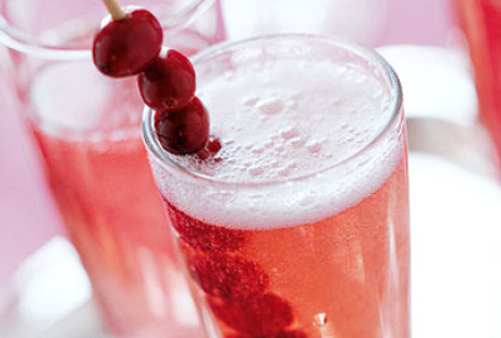 Sparkling Cranberry Rose Drinks To Go For Health This Summer