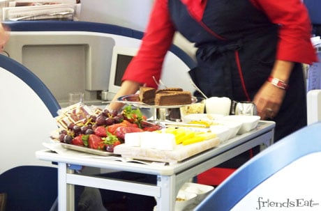 Delta Airlines First Class Dessert Cart Airline War Waged To Win Traveler Stomachs